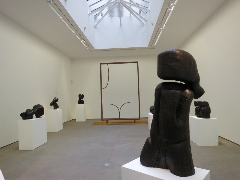 Wang Keping Sculptures Sculptées Exhibition view at Nathalie Obadia Paris
