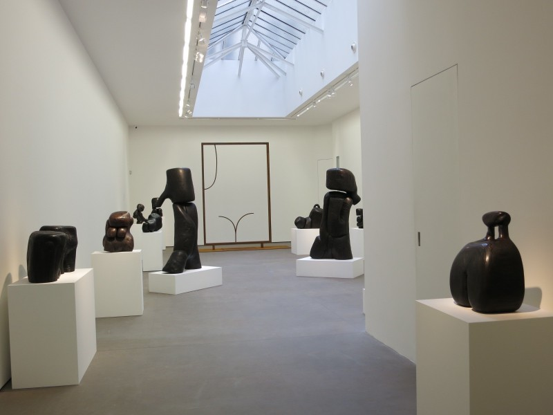 Wang Keping Sculpture Scukptées exhibition view